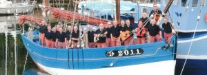 Le groupe Mouez Port Rhu à bord du Skellig